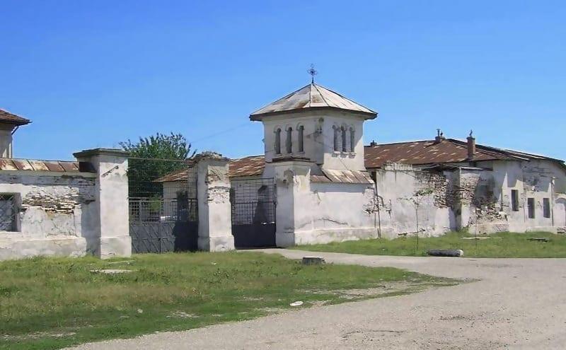Mănăstirea Plătăreşti