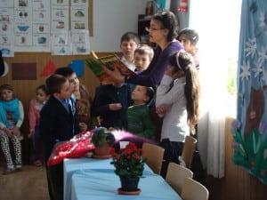 Citind copiilor