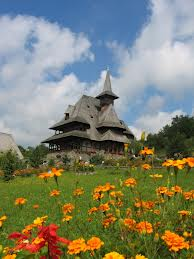Biserica de lemn MANASTIREA BARSANA