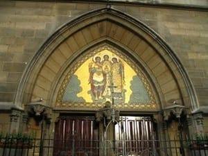 biserica paris