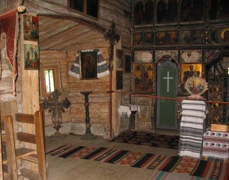 biserica-putna-(40)