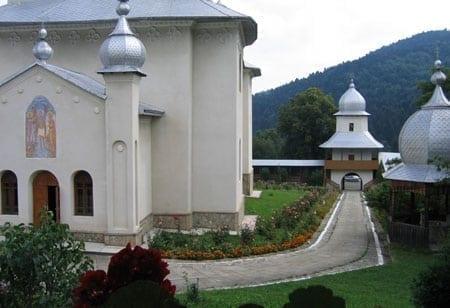 manastirea-horaita-