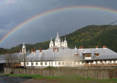 manastirea-horaita4