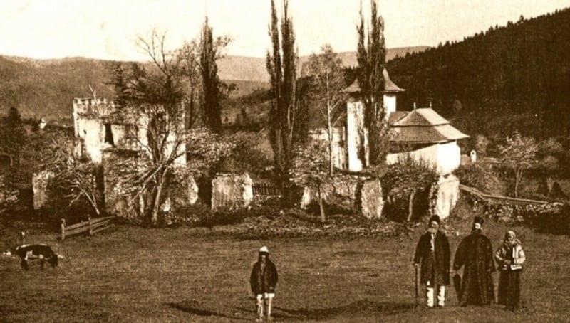 manastirea pionul