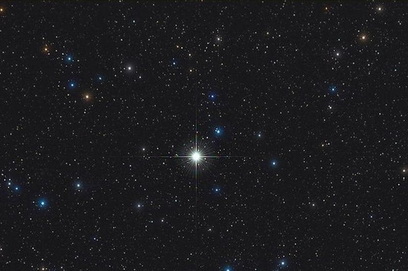 cea mai strălucitoare nouă stea