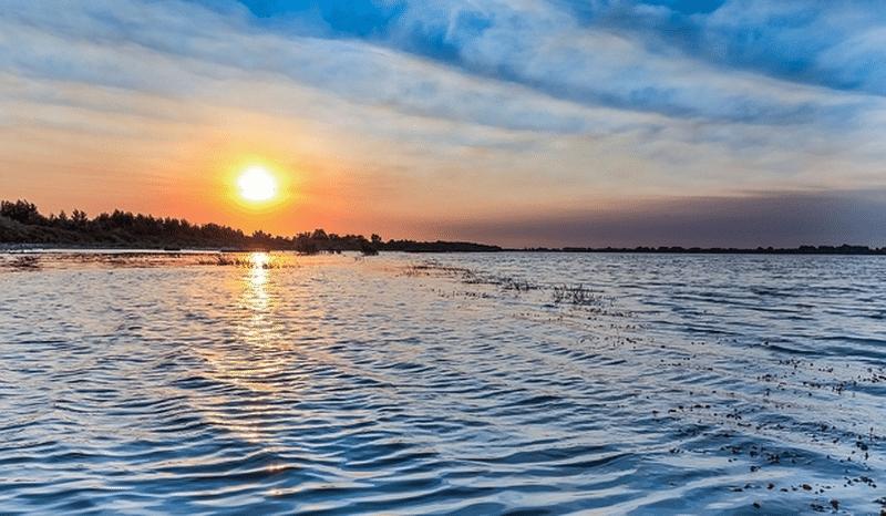 apele inceputurilor