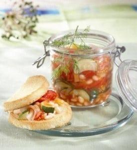 Salată de legume cu fasole