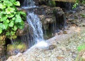 apa-pestera-ww