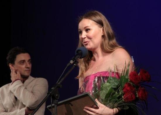 tania_popa_-_premiul_pentru_cea_mai_buna_actrita