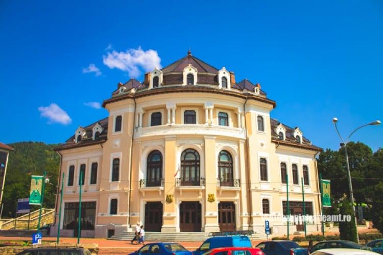 Teatrul Tineretului din Piatra Neamţ