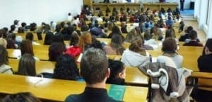 Lectorii universitari