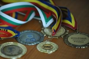 medalii pentru elevii romani