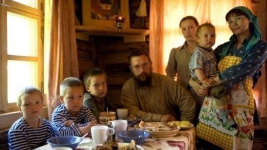 Cel mai bogat om al Rusiei a renunţat la toată averea şi trăieşte ca în Biblie