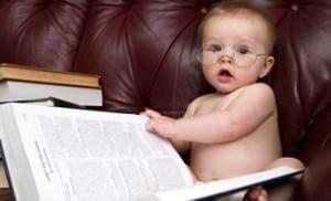 Baby_reading_346x210