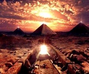piramide-egiptene