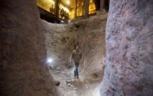 Un_arheolog_israelian_sus_ine_c_-79e459a19b731079c2c505f69022de3b