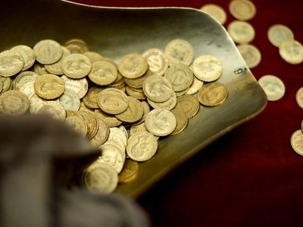 140 de monede dacice din aur