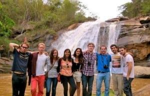 Tinerii plecați în străinătate