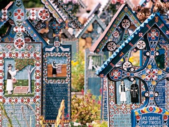cimitirul-vesel-sapanta-3