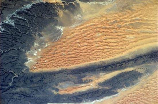 a1cbafd0-340c-11e4-b1ac-538a5c32ddf4_dune-in-sahara