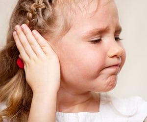 infectie-ureche-copil-mare