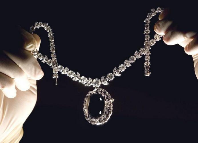 Diamantul-blestemat