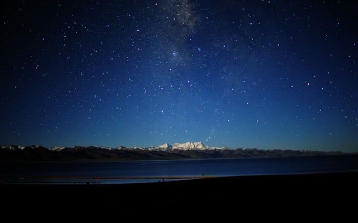 The_night_sky_in_Tibet-Natural_Scenery_Wallpaper_medium