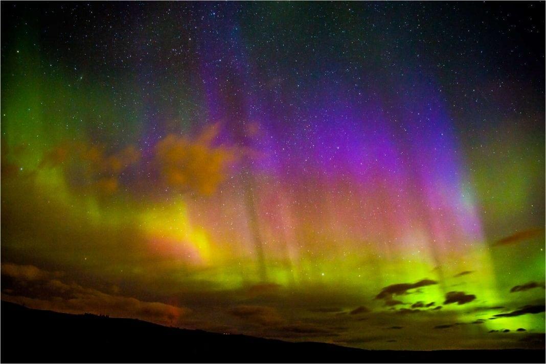 aurora-borealis-in-southern-alberta-c2a9-christopher-martin-3029
