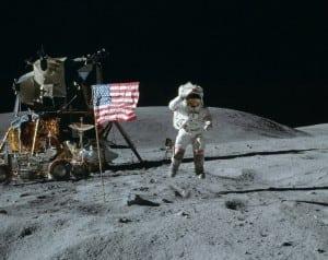 astronauții