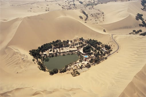 Huacachina-Peru's-Desert-Oasis1