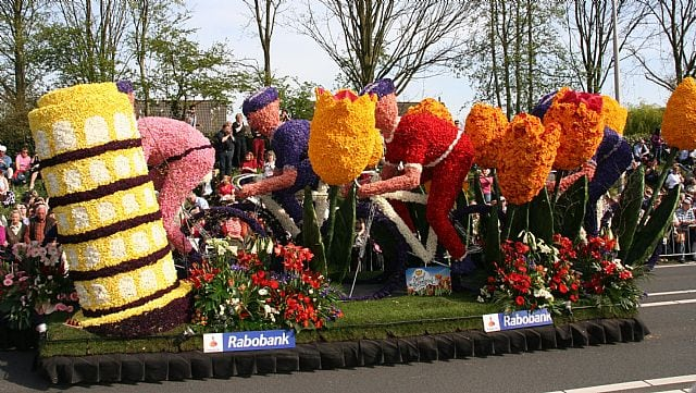 Web Bloemencorso 2010 24 april E 064(1)