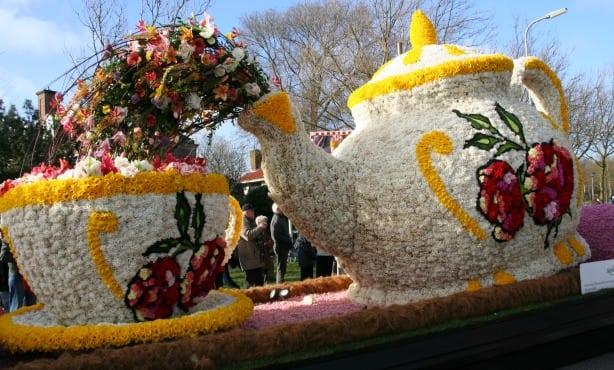flower-parade-2014-2