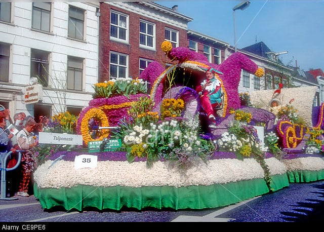 NETHERLANDS: HAARLEM. The annual flower parade, when flower decked floats parade through the streets. Image shot 2004. Exact date unknown.