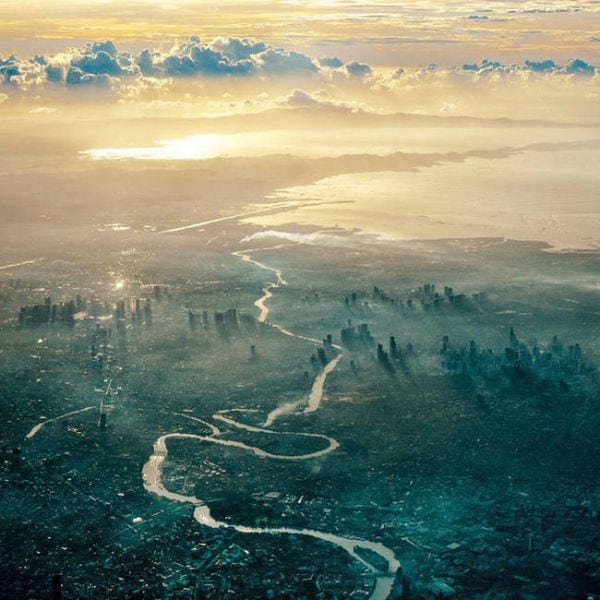 stunning_photos_taken_from_the_window_seat_in_airplanes_640_02