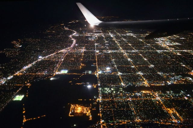 stunning_photos_taken_from_the_window_seat_in_airplanes_640_16
