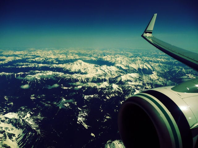 stunning_photos_taken_from_the_window_seat_in_airplanes_640_19