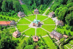 Schloss Clemenswerth Luftaufnahme