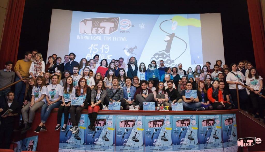 Echipa-voluntarii-si-castigatorii-NexT-2015