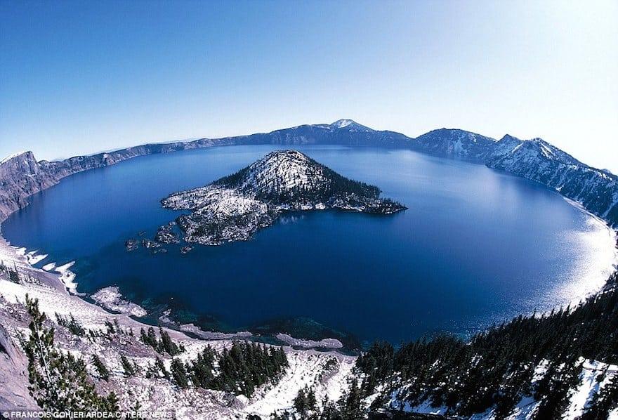 Crater_Lake_Mount_Mazama_Oregon_USA