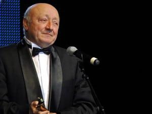 Actorul Marin Moraru multumeste pentru primirea premiului pentru intreaga cariera, cu ocazia celei de a III-a editii a Galei Premiilor Gopo, eveniment organizat de Asociatia pentru promovarea Filmului Romanesc, in Bucuresti, luni, 2 martie 2009. RAZVAN CHIRITA / MEDIAFAX FOTO