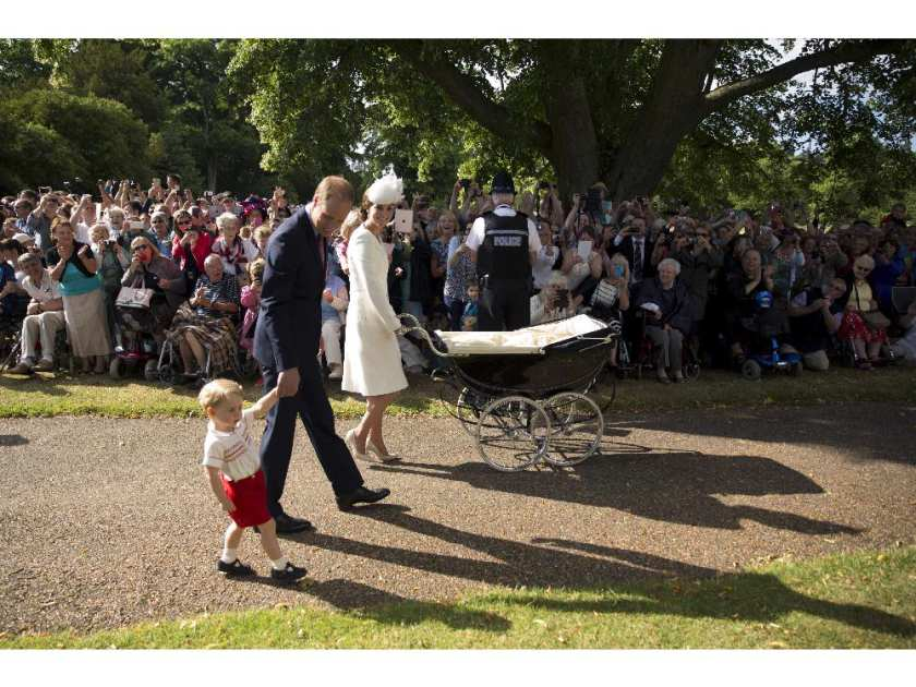 the-christening-of-princess-charlotte-of-cambridge13