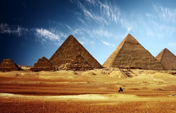 ancient-egypt-pyramids-wallpaper3-465x390