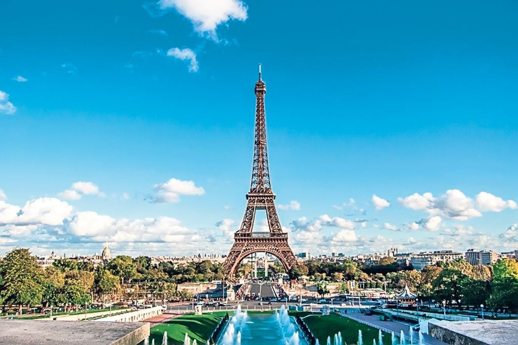 12-13-Turnul-Eiffel-1024x682