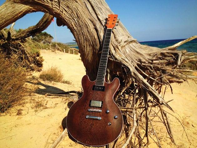 3-Guitar-Middleton-Built-at-Formentera_WEB
