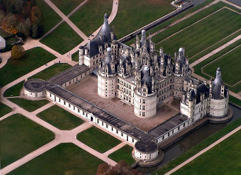 ChateauChambordArialView01