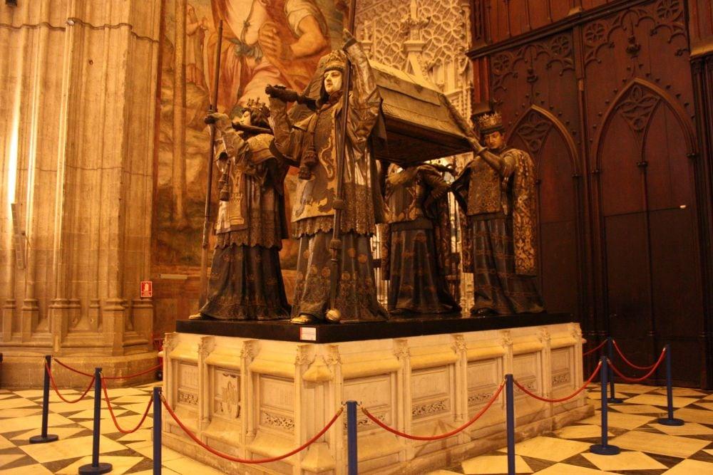 mormant Cristofor Columb