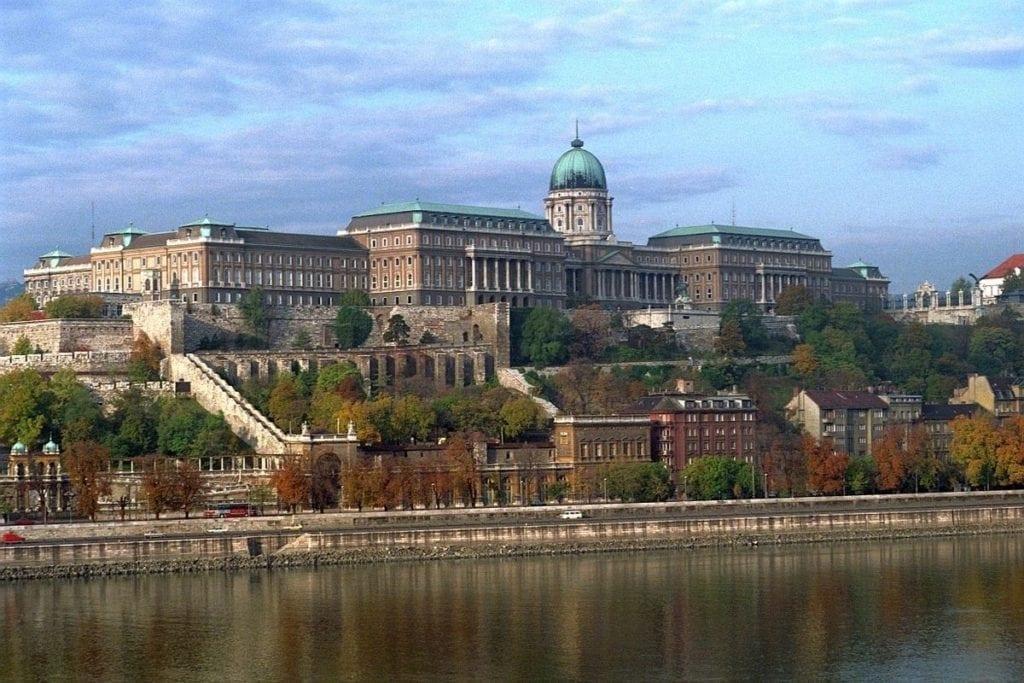 Ungarn-Budapest-Burgpalast-WM-Túrelio-1024x683