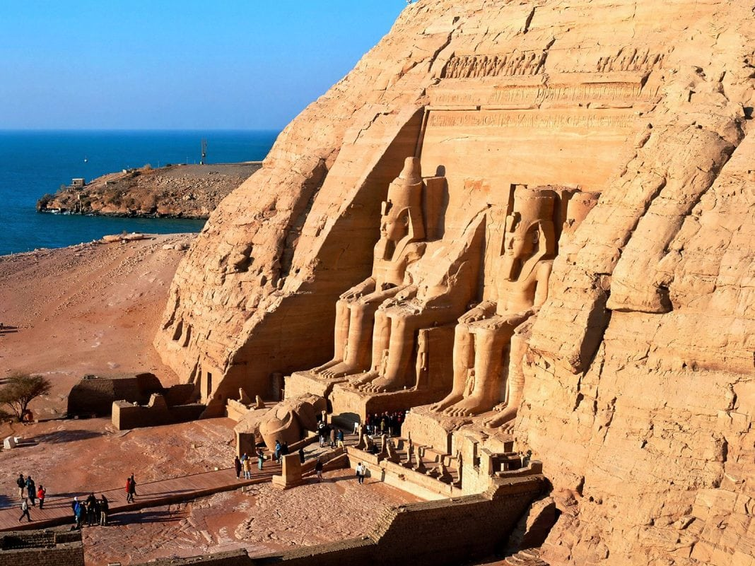 4205013-abu-simbel-egypt-normal