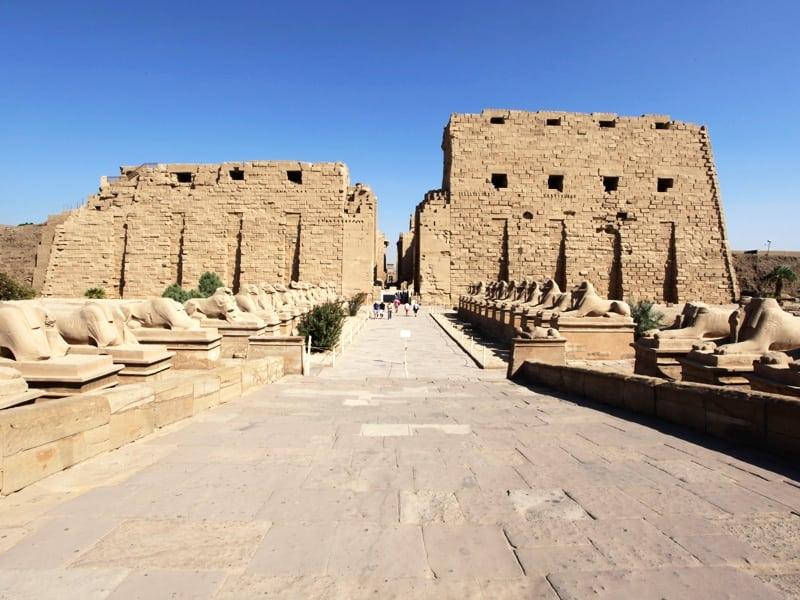 524706902_Luxor_luxor---karnak-temple1