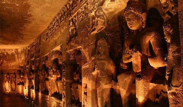 grotele-celor-o-mie-de-buddha